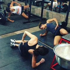 Here are some of the Glute Squad members @mj_gines @camcoxter @dianalugo3 hammering out some side lying hip raises at the end of their workout. The side lying hip raise is a challenging bodyweight exercise for the upper glutes (both the gluteus medius and the upper region of the gluteus maximus). This exercise comes in handy when you don't have bands or cables. #strongcurves #getglutes #gluteguy #glutelab