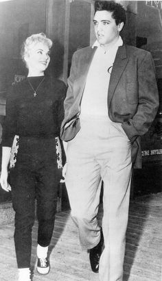 Elvis Presley und Anita Wood: Once Upon A Time. Elvis Presley Family, Elvis Presley Photos, Lisa Marie Presley, Priscilla Presley, Are You Lonesome Tonight, Elvis Quotes, Young Elvis, Tom Parker, Graceland