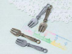 http://leche-handmade.com/?pid=24964405