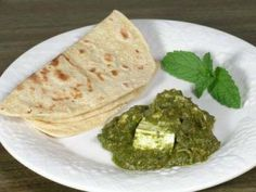 Palak Paneer recipe. This dish combines fresh spinach and ricotta in a creamy curry. Use paneer if you can find it! It is absolutely wonderful with basmati rice roti or naan ... Posted by Ghazala.