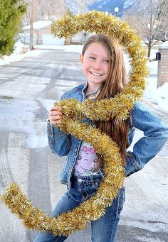 Make 3-d Tinsel Numbers for New Years