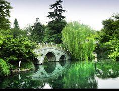 China: Photo by Photographer Jose Ignacio Saez de Ugarte - photo.net