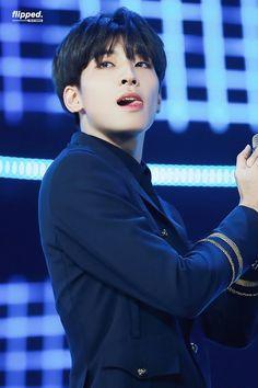 Wonwoo tongue