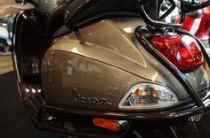 Unique Rides Vespa LX - Vipscooters.nl