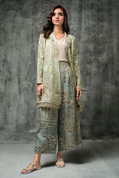 Nida Azwer - Digitally Embroidered Organza Shirt With Hand Embellished Organza Cropped Culottes Pakistani Dresses Casual, Pakistani Bridal Dresses, Pakistani Dress Design, Pakistani Party Wear, Indian Attire, Indian Outfits, Indian Dresses, Stylish Dresses, Fashion Dresses