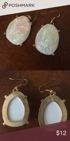 Gorgeous Opal Kendra Look Earrings These earrings are simply dazzling! Their opal shine is what makes them pop. They are a Kendra Scott look and have hook-type backs for easy wear. Kendra Scott Jewelry Earrings