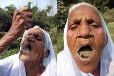 Makan 2 kg pasir batu setiap hari rahsia diet sihat nenek ini sejak 63 tahun yang lalu   Makan 2 kg pasir batu setiap hari rahsia diet sihat nenek ini sejak 63 tahun yang lalu | SEORANG wanita di India memakan dua kilogram pasir setiap hari sejak enam dekad lalu sebagai diet untuk kekal sihat.  Kusma Vati 78 meluangkan masa beberapa jam sehari untuk menguyah pasir dalam kuantiti yang banyak.  Saya telah menguyah pasir dan batu sejak 63 tahun lalu. Saya suka makan pasir dan ia tidak memberi…
