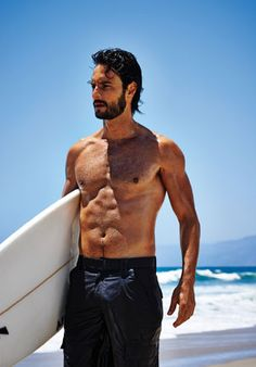 How to Build the Perfect Surfer's Body (Without Having to Surf): Celebrity Workout