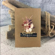 Exceptional diy flowers hacks are available on our website. Take a look and you wont be sorry you did. Dried Flower Bouquet, Small Bouquet, Flower Box Gift, Flower Cards, Paper Flowers Craft, Diy Flowers, Cherry Blossom Theme, Gift Bouquet, Flower Template