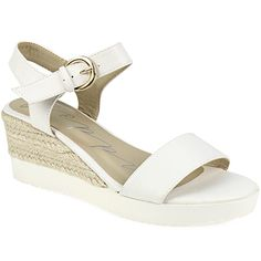 Wedges, Sandals, How To Wear, Shoes, Fashion, Moda, Shoes Sandals, Zapatos, Shoes Outlet