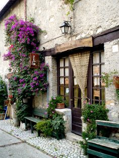 Old Provence style shop. for our coffee shop one day. Provence Style, Provence France, Beautiful World, Beautiful Places, Umbria Italia, French Cafe, Shop Fronts, Curb Appeal, Arches