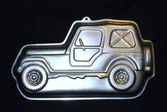 A Jeep cake pan! Looks like Daddy's Jeep! Jeep Wrangler Unlimited, Wrangler Tj, Jeep Cake, Jeep Sahara, Cj Jeep, Beach Buggy, Cool Jeeps, Jeep Accessories, Car Travel