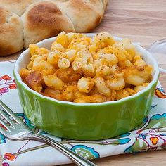Slow-Cooker Mac and Cheese, from Real Mom Kitchen via Slow Cooker from Scratch.
