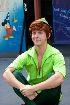 Spieling Peter Pan. I love how people are now jumping on my love/ fictional character crush of Peter Pan band wagon finally!