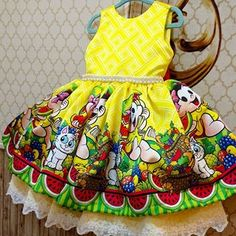 E aquele que faz suspirar ! Para uma pequenina Magali fica linda linda em sua festa ! Disney Dresses, Little Girl Fashion, Sport Casual, Little Girls, Kids Outfits, Rompers, Summer Dresses, Children, Party