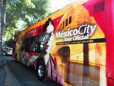 Mexico | Ciudad de México | Mexico City  | Condesa | Tamaulipas | Street | Calle | Primavera | Spring | Tourist Bus | Turibus | Frida Kahlo | Red | Rojo | Benilde