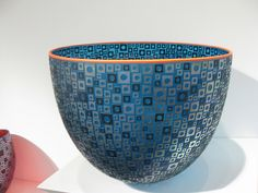 Love the shape, colour and design - but how to do it in clay? Glass Bowl by Robert Wynne |