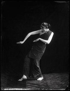 Olive Craddock name Roshanara 1913