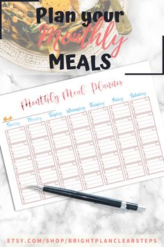 If you are looking for meal planning organization printables, this is the best planner for you! it includes a monthly meal planning printables, a weekly meal planner and the best grocery list to plan and achieve your health and fit weight loss diet. You´ll also receive Recipe cards and more printables to organizing the best recipes to try. Organize your meal planning ideas weekly or monthly with a healthy eating planner and meal tracking printables #mealplanning #familymealplanning… Weekly Meal Planner Template, Monthly Meal Planner, Meal Planning Printable, Diet Planner, Healthy Eating Planner, Shopping List Grocery, Family Meal Planning, Menu Planners, Planner Pages