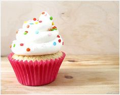 Vanilla Bean Cupcakes with White Chocolate Frosting