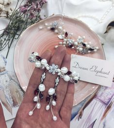 Немає опису світлини. Wedding Bracelet, Wedding Earrings, Flower Bracelet, Pearl Bracelet, Bridal Jewelry Sets, Bridal Accessories, Crystal Bracelets, Earrings Handmade, Diamond Earrings