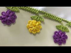 The Pistachio Recipe Patterned Tülbent Oyası It is also very nice for the manuscripts. Nazarca crochet pattern with details. Crochet Motifs, Crochet Borders, Crochet Trim, Crochet Lace, Free Crochet, Crochet Patterns, Crochet Flower Tutorial, Crochet Flowers, Embroidery Jewelry