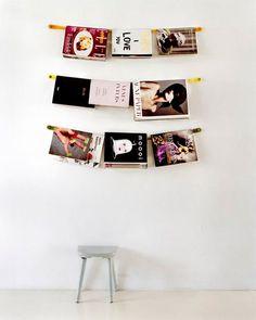 hanging magazines as part of the wall designs house design interior home design Magazine Display, Magazine Wall, Magazine Holders, Magazine Storage, Magazine Racks, Do It Yourself Inspiration, Do It Yourself Home, My Dream Home, Interior And Exterior