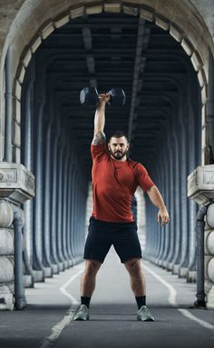 Nike - Inspirational (Matt Frazer is awesome). Functional Value: Quality Emotional Value: Attractiveness Life Changing: Affiliation Crossfit Games, Crossfit Athletes, Fitness Diary, Mens Fitness, Workout Motivation Music, Fitness Motivation, Gq, Cycling Workout, Mat Fraser Crossfit