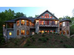 Find this home on Realtor.com  4 bedrooms/4.5 baths in Kingwood Country Club.