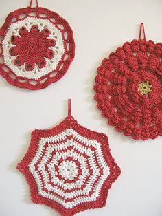 Emma Lamb pot holders, red and white look so 1940s-50s