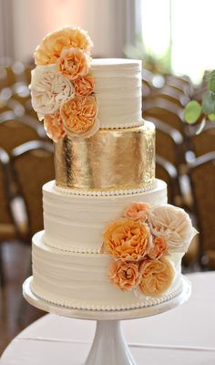 Wedding Cakes - Browse the most creative and pretty wedding cake photos and designs for a sweet and unique dessert table come your big day. Pretty Wedding Cakes, Wedding Cake Photos, Wedding Cake Designs, Pretty Cakes, Orange Wedding Cakes, Gold Wedding Cakes, White And Gold Wedding Cake, Gold Weddings, White Gold