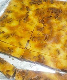 ここで見たクリームチーズブラウニーが美味しそうだったので、クックパッドで検索して作成。 1度目は成功したけど、二度目はチョコ部分を滑らかにしようと混ぜる前にレンジに入れたら、クランチ状に…。 でも美味しいので結果オーライですw - 8件のもぐもぐ - クリームチーズブラウニー by blueapplec5
