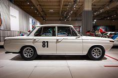 BMW 1800 TI/SA Renn-Tourenwagen, Gewicht: 1.040 kg