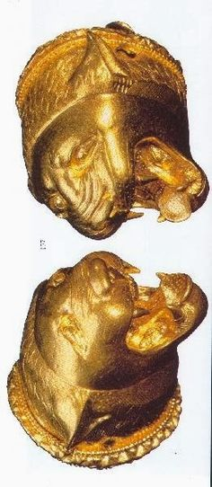 ETRUSCAN GOLD PENDANTS
