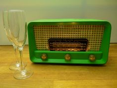 Zingy green Vintage 1950s Philco radio.  Small but perfectly formed.
