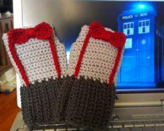 Doctor Who Fingerless Gloves from Bobbie Bomber's Knotty Crochet