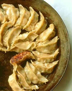 "Shrimp Potstickers See the ""Shrimp Pot Stickers"" in our Dumpling Recipes. A Food, Good Food, Food And Drink, Yummy Food, Shrimp Recipes, Appetizer Recipes, Asian Appetizers, Seafood Appetizers, Shellfish Recipes"