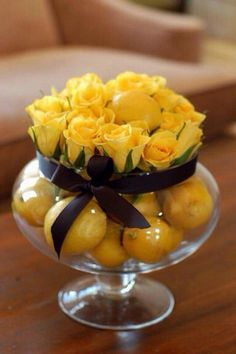 Yellow with Yellow / Roses & Lemons