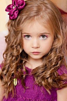 . Belle petite fille!