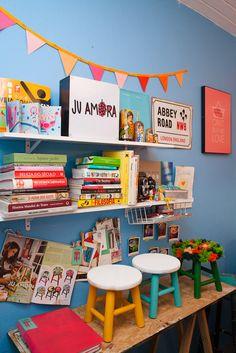 Ateliê Ju Amora - Juliana Amorim www.juamora.com Crédito da imagem: Talita Chaves www.talitachaves.com.br www.insidetheoffice.com.br