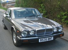1985 Jaguar XJ6 - Luxurious yet fun!