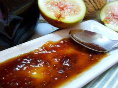 Fíková marmeláda s vůní skořice Granola, Pesto, Chili, Soup, Beef, Recipes, Preserves, Meat, Chile
