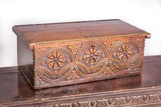 century carved oak box, the front carved with opposing double S-scrolls and each side … Wood Carving Faces, Wood Carving Designs, Wood Carving Patterns, Wood Carving Art, Antique Mailbox, Antique Wooden Boxes, Antique Armoire, Antique Furniture, Whittling Wood
