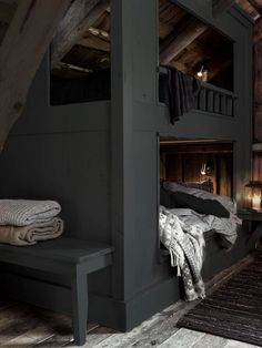 Bunk bed in the attic. This time in dark grey