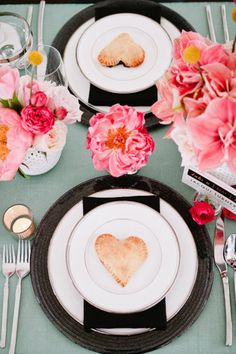 Wedding Place Setting Inspiration | Simply Peachy Event Design & Planning