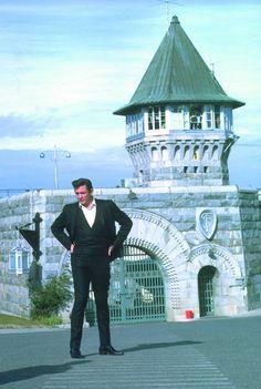 Johnny Cash at Folsom Prison for famous concert - (1968)