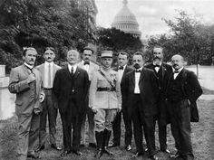 Milan Stefanik meeting with US members of Congress during WWI in Washington DC