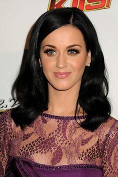 Katy Perry:Style:Medium Wavy Cut
