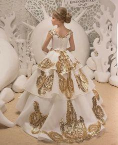 Pin By Jovanna Mundoo On Weddings Wedding Flower Girl Dresses Gold Flower Girl Dresses Flower Girl Dresses