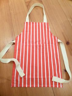 DIY child's apron, you can pick whatever fabric...as long as its cute